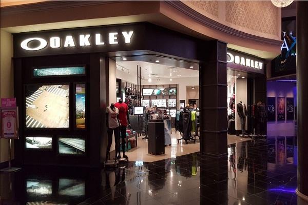 oakley2-c
