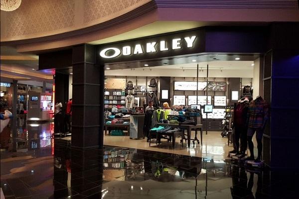 oakley2-d